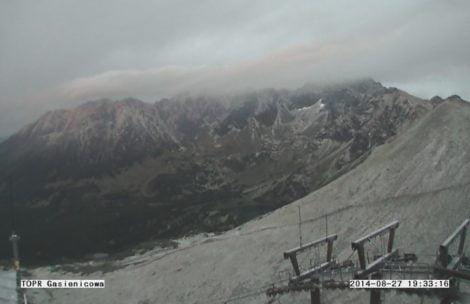 Śnieg na zboczach Kasprowego