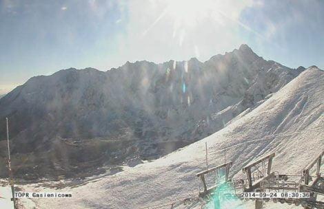 W Tatrach jest BIAŁO!