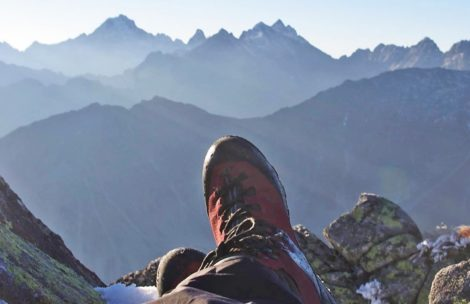 Zbierają na wyjazd w Tatry. Potrzebne męskie buty trekingowe