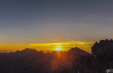 Wschód słońca na Rysach – timelapse