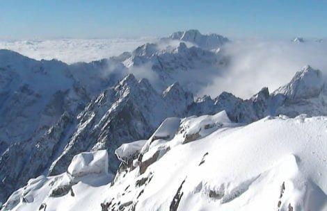 Niesamowite warunki na Łomnicy – obrazy z kamery na szczycie