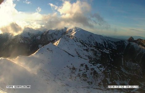 Wichura w Tatrach, wieje już ponad 100 km/h