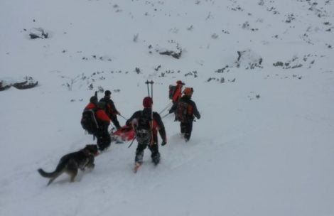 Lawina porwała dwóch turystów w Tatrach Słowackich
