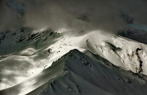 Nadchodzi huragan, na szczytach ponad 100 km/h!