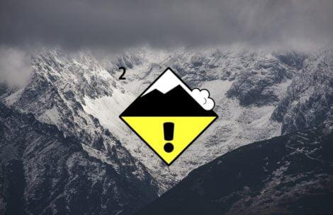 Ratownicy TOPR ogłaszają 2. stopień zagrożenia lawinowego!