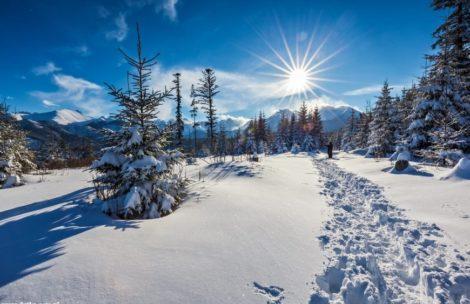 Ponad 2 metry śniegu w Tatrach! Ratownicy ostrzegają przed lawinami