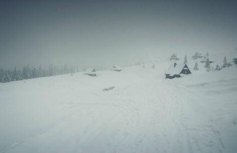 Nadchodzi załamanie pogody. W Tatrach śnieg i -10°C