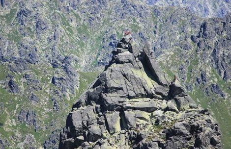 Turystyka pozaszlakowa i taternictwo a ochrona przyrody wg TPN