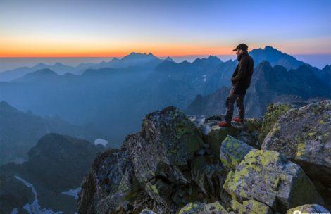Zachód i wschód słońca na Rysach – niesamowite zdjęcia ze szczytu