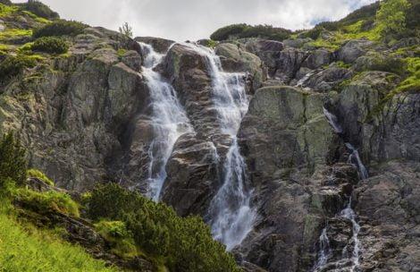 """Niski poziom wód w Tatrach. """"Siklawa praktycznie przestała istnieć"""""""
