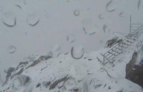 Śnieg, mróz i silny wiatr. Aktualne warunki w Tatrach
