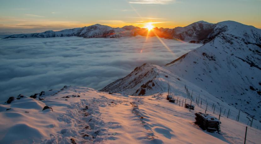 Morze chmur i przepiękny zachód słońca w Tatrach (GALERIA ZDJĘĆ)
