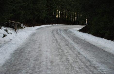 TPN ostrzega: Szlaki mocno oblodzone! (ZDJĘCIA)