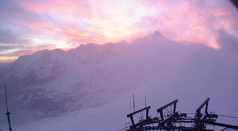 Halny w Tatrach, wieje ponad 100 km/h!