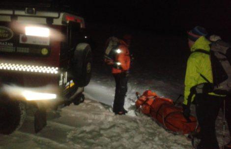 Spadł 800-metrów z lawiną, żyje. Wielkie szczęście turysty w Tatrach