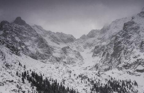 Trzeci stopień zagrożenia lawinowego w Tatrach!