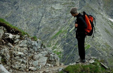 Co spakować do plecaka idąc w góry?