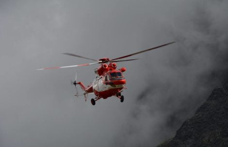 Burza szaleje nad Tatrami. Wystartował śmigłowiec TOPR