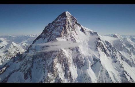 Trwa atak szczytowy na K2 – informacje na bieżąco