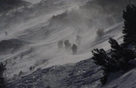 Uwaga na silny wiatr w Tatrach. W porywach 150 km/h!