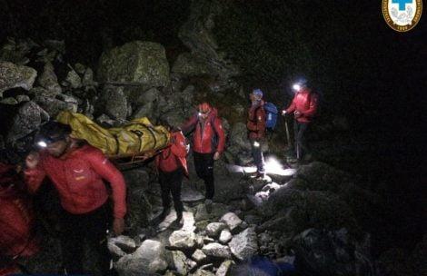 Nocna akcja TOPR. Ratownicy znieśli wyczerpaną turystkę