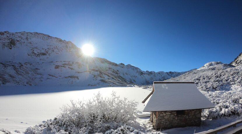 Idą srogie mrozy! W Tatrach odczuwalna temperatura wyniesie nawet -30°C