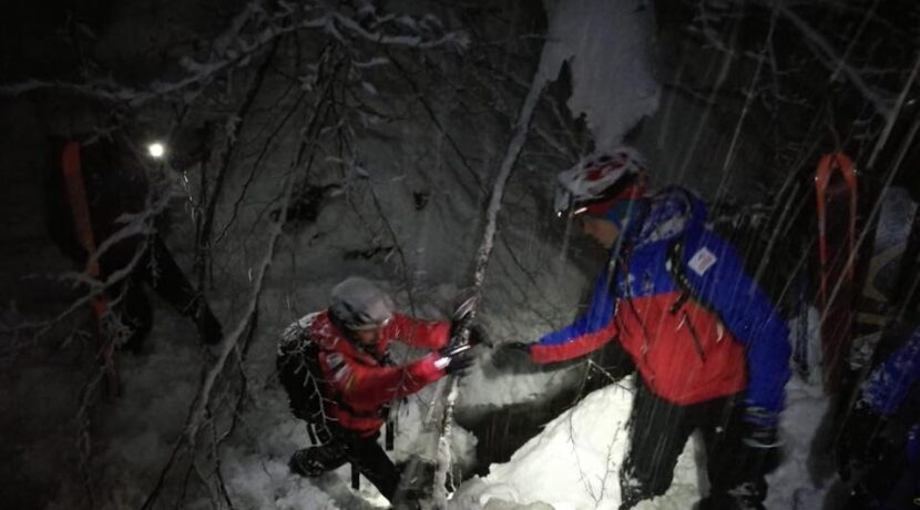 Bardzo trudne warunki w górach! Ta akcja mogła skończyć się tragicznie…również dla ratowników