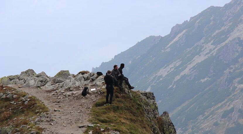 """""""Stoję za Tobą"""" – pierwszy, niezależny film grozy z kluczową akcją osadzoną w Tatrach"""