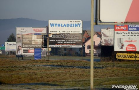 """""""Odsłaniamy Tatry"""" – zdejmij reklamę z zakopianki, dostaniesz ją w Tygodniku Podhalańskim"""