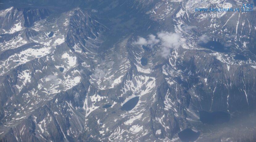 Przelot samolotem nad Tatrami i takie widoki (ZDJĘCIA)