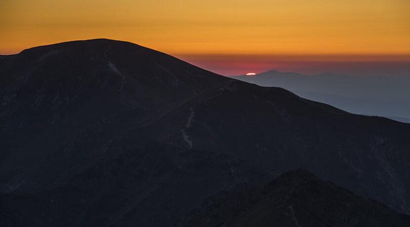 Zmrok zaskoczył turystów w Tatrach. Wpadli w panikę i bali się dalej wędrować