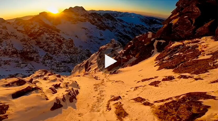 Zejście z Orlej Perci przy obłędnym zachodzie słońca. Co za widoki! (FILM)