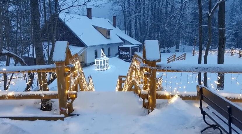 W Tatrach sypie śnieg. Dzisiejszy bajkowy poranek w Kuźnicach (FILM)