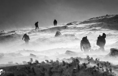 Na Śnieżce wiało 220 km/h! Wyjście w góry śmiertelnie niebezpieczne