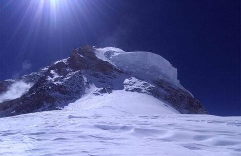 """K2: Nepalczycy na wysokości 7800 m. """"Widzimy końcową drogę na szczyt"""""""