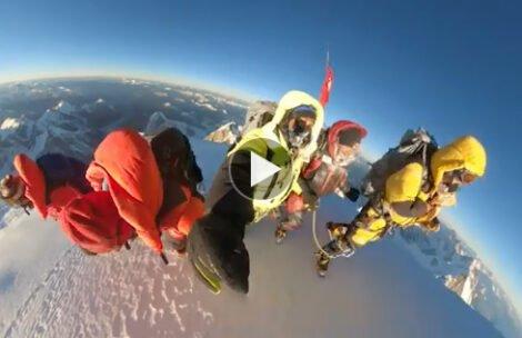Jest nagranie ze szczytu! Tak Nepalczycy razem zdobywali K2 (FILM)