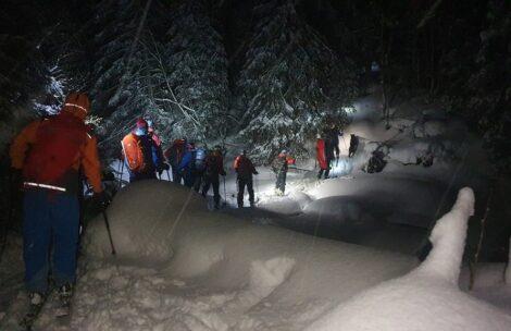 Tragedia w Tatrach. Lawina porwała skialpinistów, dwie osoby nie żyją