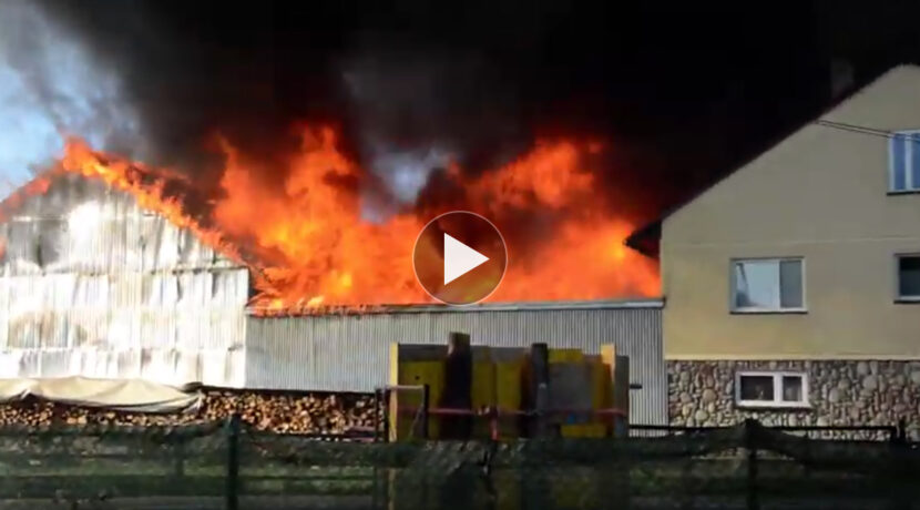 Olbrzymi pożar w podtatrzańskiej wsi! Kilkadziesiąt budynków w ogniu