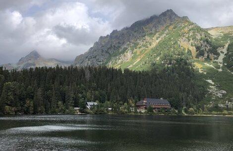 Dramatyczne sceny w Tatrach. Rowerzysta reanimowany po wypadku